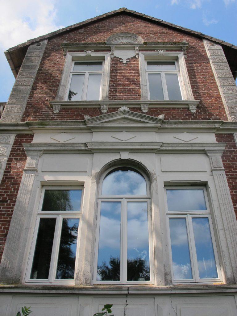 landhaus_historisch_daenische_fenster_fecon_nordwest