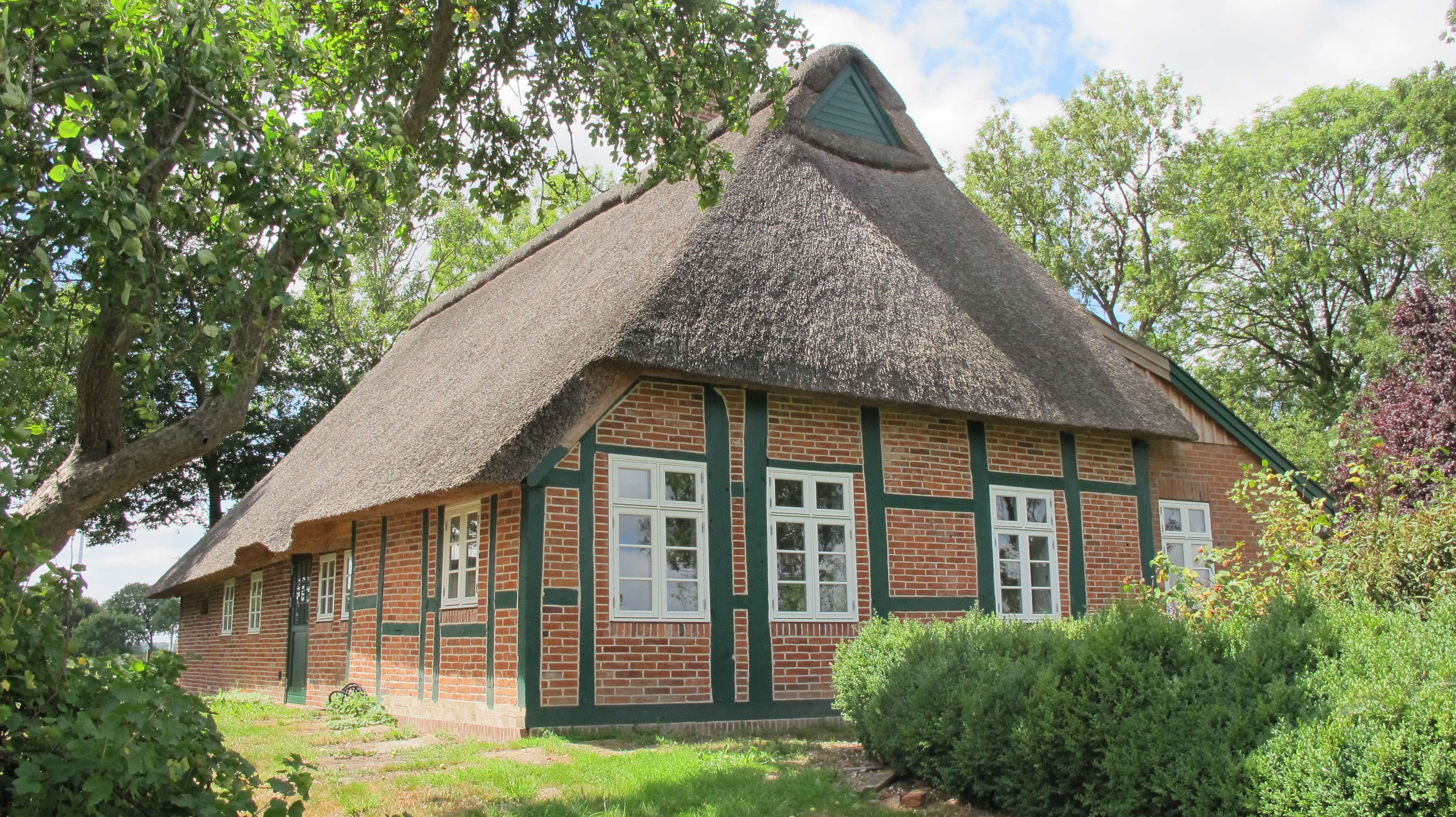 Bauernhaus_Dänisches Holzfenster__Fachwerkhaus_Fecon_Nordwest